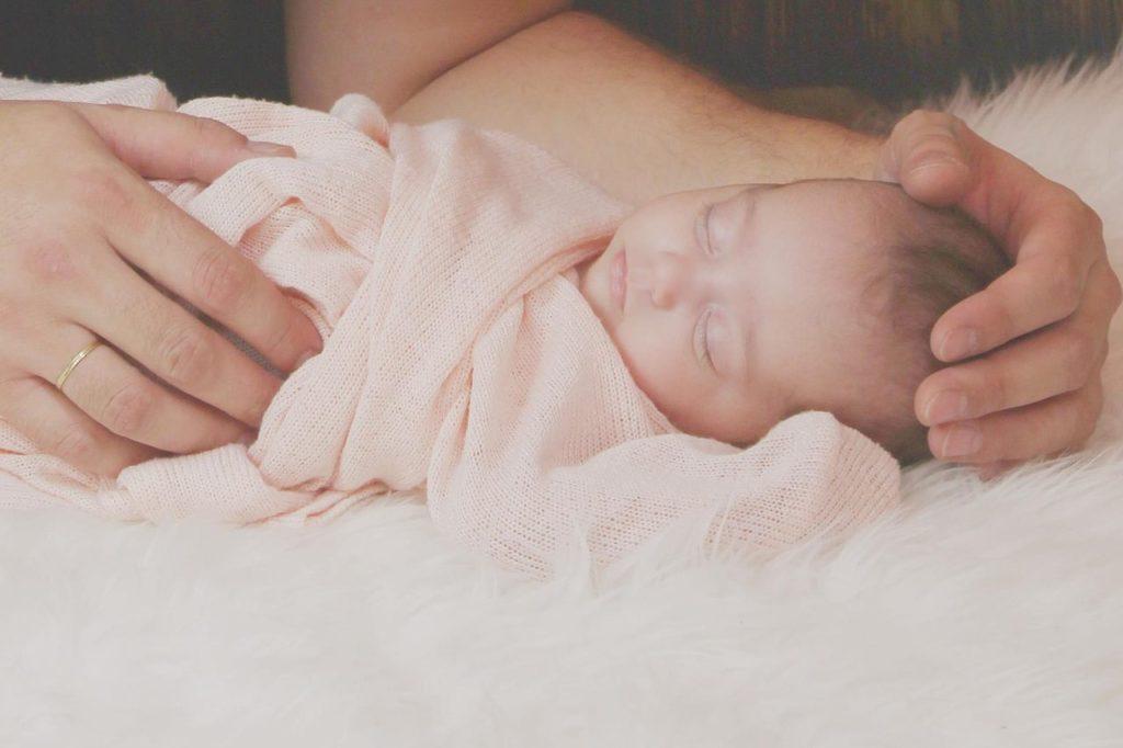 bezdech u noworodka pierwsza pomoc